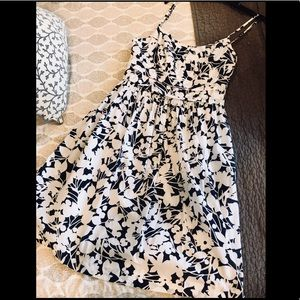 New York & Co Beautiful 100% Cotton Summer Dress